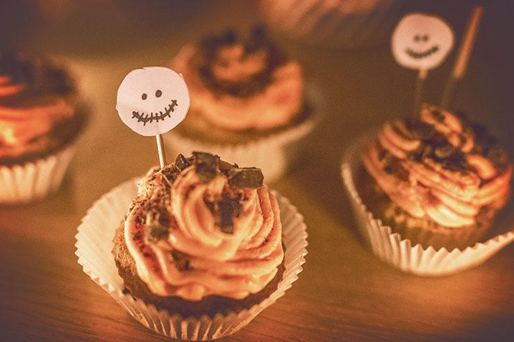 DIY-halloween-deco-lanterne-cupcake